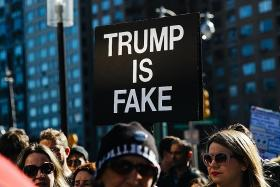 Thousands in US rally against Trump