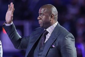 Lakers spruce up front office with Magic