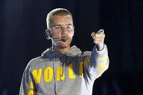 Oscars to retain PwC despite error Bieber faces fine for 2013 wall tagging