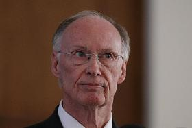 Alabama governor resigns over sex scandal