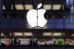 Apple may team up with Foxconn to bid for Toshiba's chip business