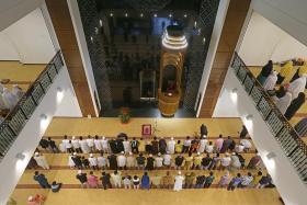 Yusof Ishak Mosque opens