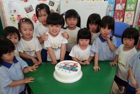 Schools tell parents: 'Keep kids' birthday parties simple'