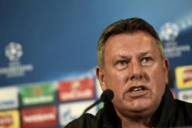 Leicester City manager Craig Shakespeare speaks during the press conferenceahead of the  Atletico Madrid clash in the Champions League Quarter Final, second leg