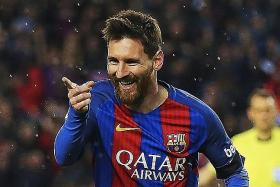 Barca's Miracle II resting on Messi's shoulders