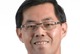 Top NTU professor admits to shoplifting