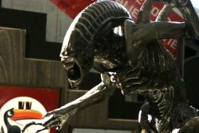 A statue of the Alien at MINT Museum of Toys.