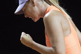 Sharapova sails into Stuttgart semis