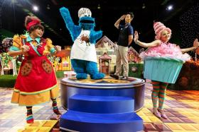 Four characters, Mama Cookie, Cookie Monster, Chocolate Man and Candice Cupcake will make appearances at regular intervals.