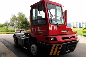 Driverless trucks to hit roads in September