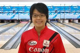 Singapore bowlers Jazreel and Cherie qualify for USBC Queens finals