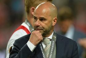 Ajax coach rues 'boring final'