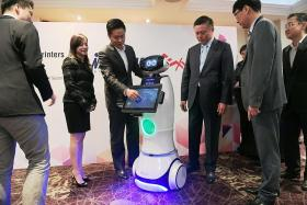 This robot can take the place of salesman