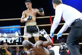 Muhammad Ridhwan fells Fadhili Majiha for the UBO Super Featherweight World Title