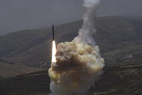 US shoots down mock ICBM with interceptor rocket