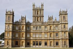 Exploring the home of Downton Abbey