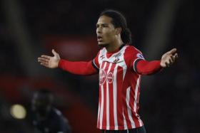 Southampton defender Virgil van Dijk was reportedly keen on a move to Liverpool.
