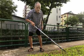 For this senior, every litter bit helps