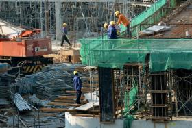 Worksites to have daily safety meetings