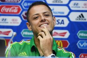 Chicharito set to join West Ham