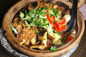 Oyster Omelette Rice,