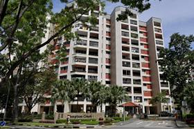 Sim Lian pays $970m for Tampines Court