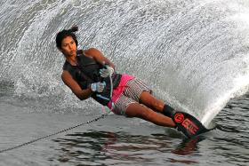 Waterskiers Christian and Leong out to retain golds