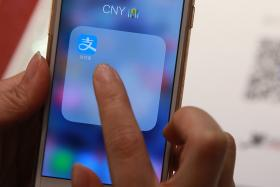 China's Alipay inks deal with Singapore start-up