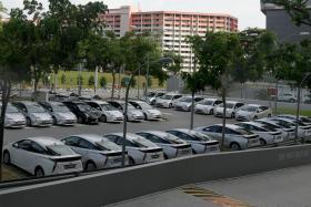 Private hire cars at Singapore General Hospital carpark H.