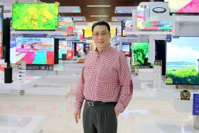 Gain City managing director Kenny teo.