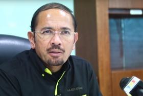 Director-General Datuk Seri Mustafar Ali  of The Immigration Department