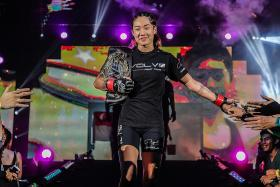Lee ponders over strawweight switch