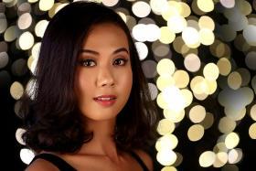 Miss Universe Singapore 2017: Setia Vegawati