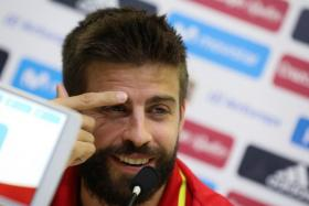 Barcelona defender Gerard Pique insists he will not quit the Spanish national team despite being jeered for his views over Catalonia's referendum on indepdendence.