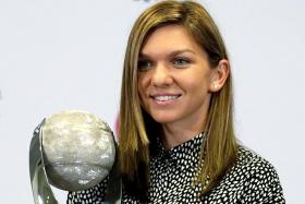 Lucky 13th for Halep