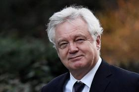 British lawmakers back key Brexit legislation