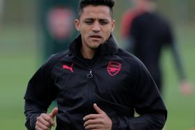 Alexis Sanchez's move to Manchester United is nearing completion.