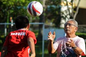 Tributes pour in for departed legend Majid