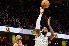 LeBron lifts Cavaliers with buzzer beater