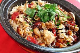 Hed Chef: Shortcut claypot chicken rice