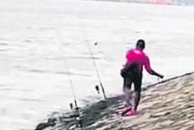 Angler filmed throwing stones at otters in Punggol Waterfront