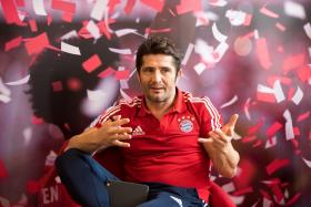 Bixente Lizarazu is in Singapore for the Bayern Youth Cup.