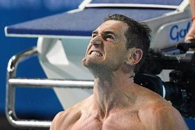 Van der Burgh stuns Peaty as South Africa swimmers shine