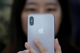 Apple's new iOS update may cause screen problems