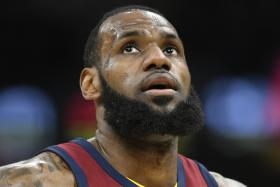 Cavs stumble to fourth, but counting on James for eighth straight NBA