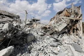 Trump, allies praise Syria strikes as Moscow seethes