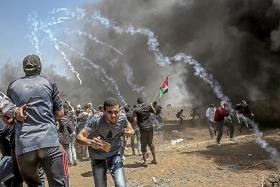 Gaza buries dead after bloodiest clash with Israel since 2014
