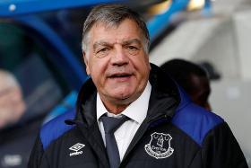 Allardyce sacked, Silva in the frame for Everton job