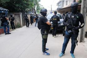Indonesian cops nab terror suspects in several locations