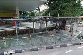 Unusual bus stop in Bukit Timah to maximise space